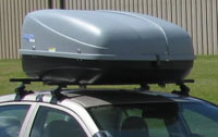 Vehicle with roof rack